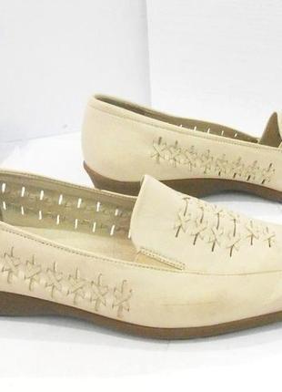Качество! кожа! удобные бежевые туфли на низком ходу, р.42