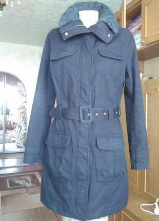 Пальто с подкладкой из тонкого слоя синтепона