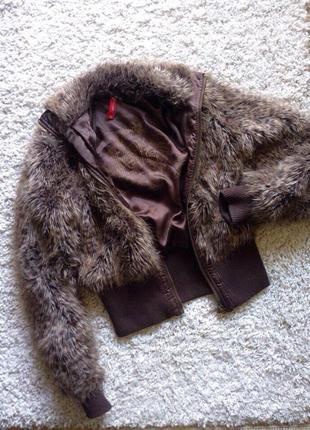 Короткая меховая  курточка river island