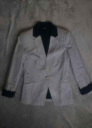 Пиджак  в полоску oodji