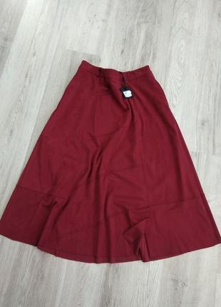 Замшевая юбка миди изумительного качества цвета марсала