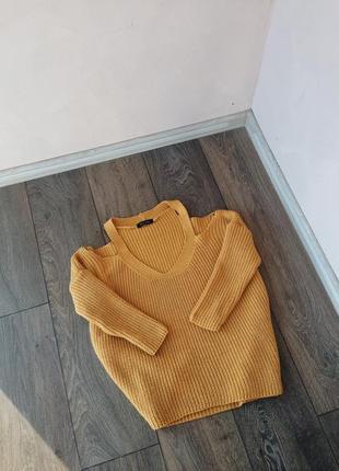 Яркий свитерок от new look