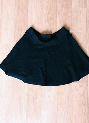Коротенька юбка bershka