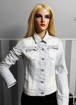 Джинсовка mango  джинсовая куртка