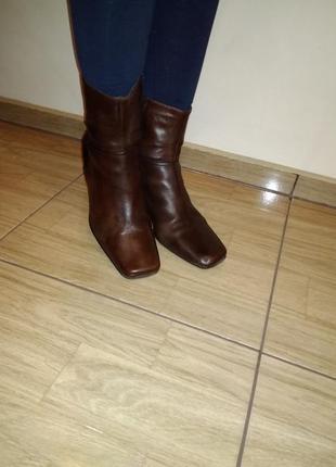 Фирменные кожаные ботинки 40/41 р janet d