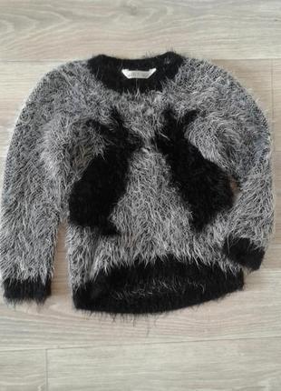 Тёплый, мягкий свитер на девочку 4-5 лет
