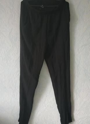 Большой выбор одежды до 100грн! брюки черные  с карманами