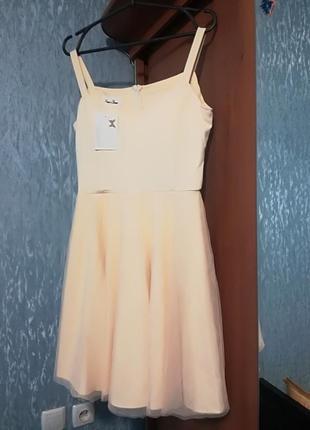 Шикарное коктейльное платье с юбкой из фатина3 фото