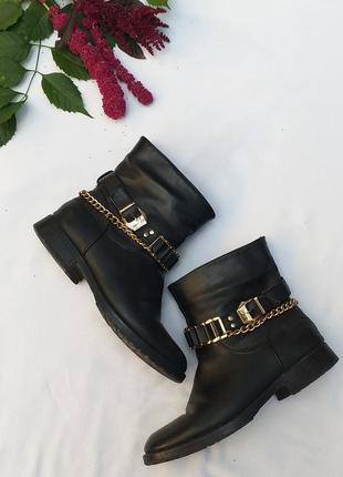 Крутые ботинки с цепью цепочкой  сапоги демисезонные