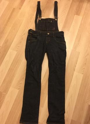 Супер кльовий,джинсовий комбінезон