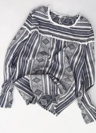 Хлопковая блуза с орнаментом