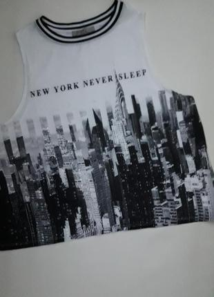 Классная майка с надписью new york never sleep бренда bershka
