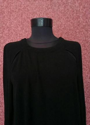 Шикарное платье с разрезами на ключицах2 фото