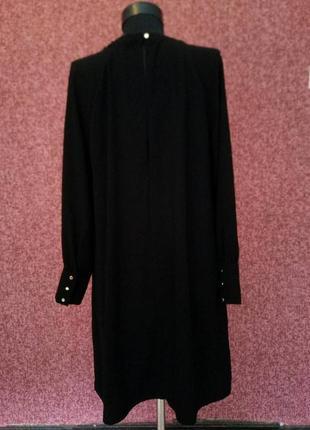Шикарное платье с разрезами на ключицах3 фото