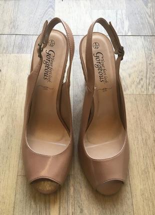 Сандали на каблуке new look