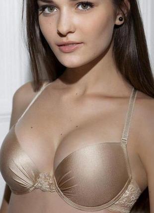 Гладкий бюстгальтер push-up с формованными чашками lori размер 70а, beige jasmine lingerie