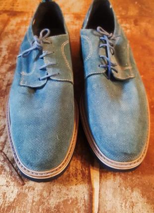 Летние голубые туфли