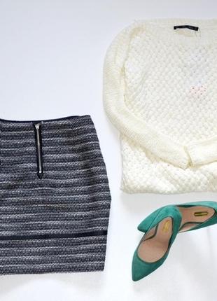 Классная юбка в составе шерсть