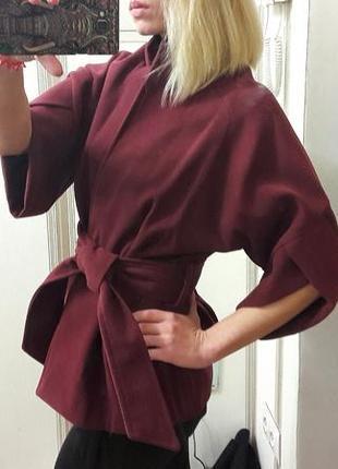 Пальто короткое в размере s