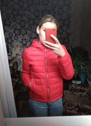 Красная куртка pull&bear