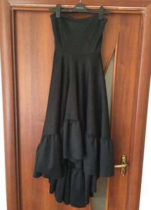 Неймовірне вечірнє плаття