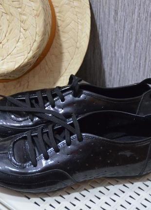 Лаковые кожаные туфли шанель на шнурках, размер 39-40