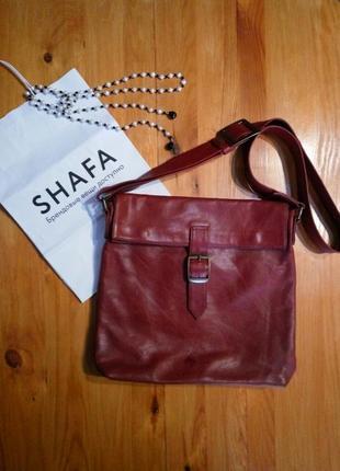 Эффектная кожаная сумка планшет цвет марсала