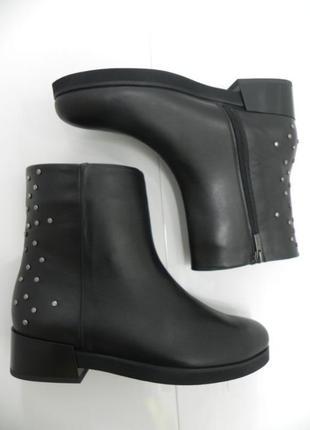 Супер стильные ботинки сапоги теплые кожа 7,9, на овчине
