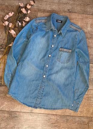Джинсовая рубашка с вышитыми вставками/голубая/синяя/george/м-ка