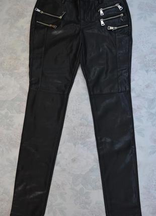 Классные брюки под кожу, 36 размер1