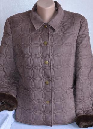 Брендовая коричневая демисезонная куртка жакет с меховыми манжетами country casuals