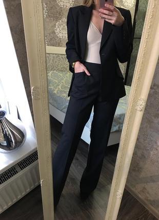 Итальянский классический костюм 100% шерсть