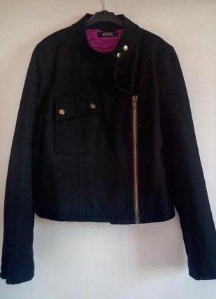 Стильная куртка косуха натуральная шерсть