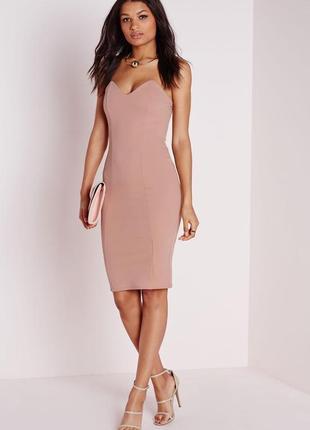 Вечернее нюдовое платье missguided