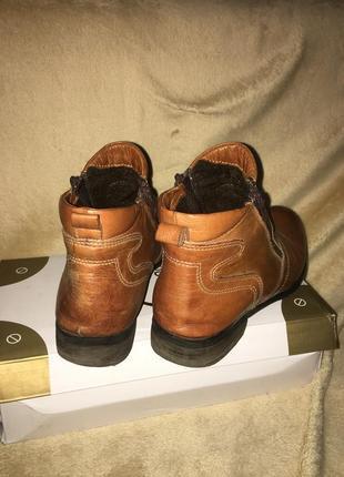 Классные кожаные ботинки осень