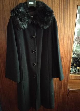Пальто чёрное шерстяное