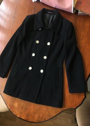 Шерстяное пальто очень теплое !!!