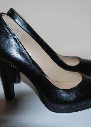 Туфли на каблуке san marina