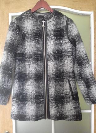 Пальто в клетку на молнии с-м