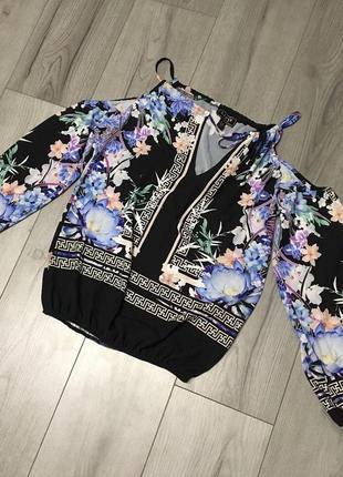 Блуза на плечики