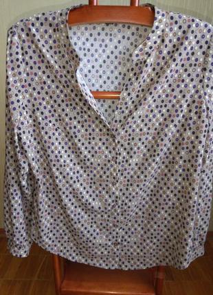 Удобная блузка в горошек