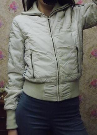Тёплая осенняя куртка 36 размер! blend shе