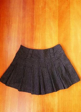 Короткая шерстяная юбка в складу / в полоску oggi2 фото