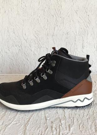 Ботинки merrell stowe mid j01930