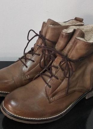 Кожаные утепленные ботинки s&g