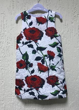 Платье в розы