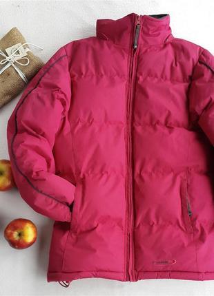 Зимова спортивна куртка малинова від mountain life