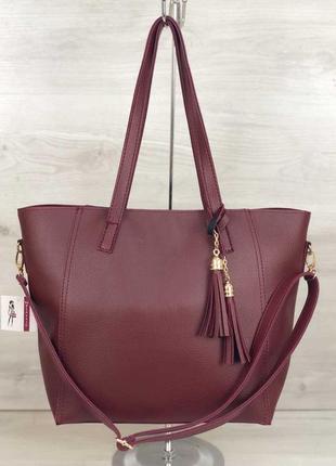 Бордовая большая сумка шоппер с длинными ручками и кисточкой