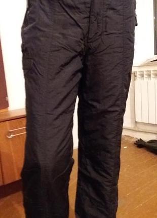 Лыжные брюки унисекс.