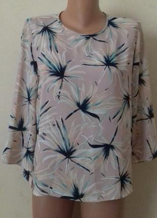 Красивая блуза с принтом atmosphere